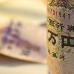 Yen Falls to Seven-Year Low on Election Outlook as Won Drops