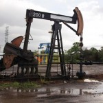 Oil prices dip as focus returns to global supply overhang