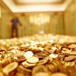 Gold prices are modestly higher in early U.S. trading Thursday