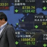 Asian Stocks Fall as Dollar Slumps on Trump Talk: Markets Wrap