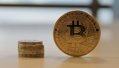 does bitcoin have physical currency