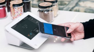 first-data-clover-mini-apple-pay