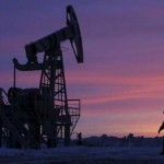 Oil prices edge up on expected drop in U.S. crude stocks