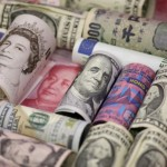 Yen holds gains on virus woes, euro crumbles on weak growth outlook