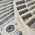 Dollar in narrow range as U.S. virus cases grow