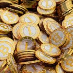 'Wild West' Bitcoin 'should be regulated'