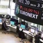 Update: European shares fall; Pan-European STOXX 600 and Germany's trade-sensitive DAX were down